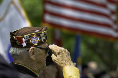 Veteran Salutes the US Flag